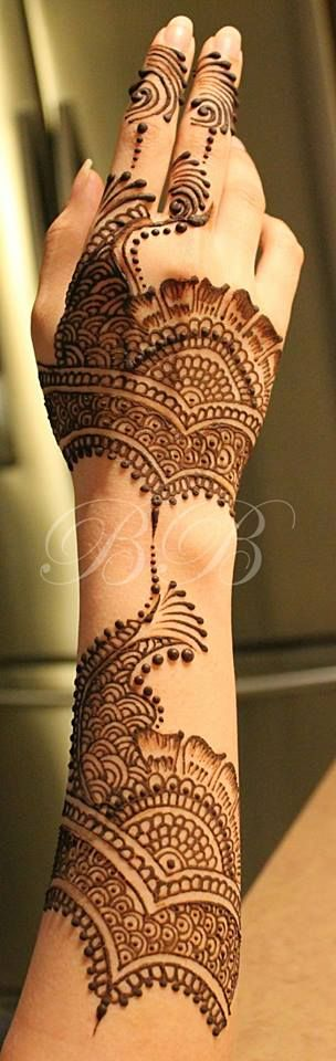 pakistani full hand mehendi design